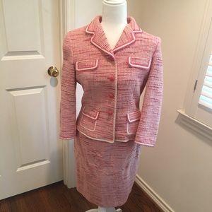 Pink Elie Tahari suit size 6